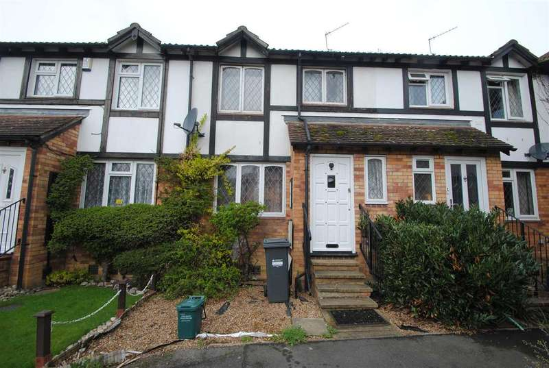 3 Bedrooms Terraced House for sale in Ennerdale Close, Feltham