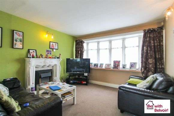 3 Bedrooms Semi Detached House for sale in Oxford Street, Wednesbury