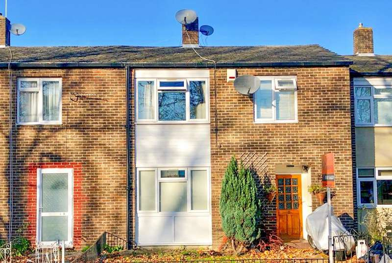 3 Bedrooms Terraced House for sale in Ullathorne Road, SW16