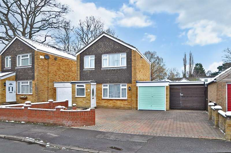 3 Bedrooms Detached House for sale in Coulsdon Road, Hedge End, Southampton, Hampshire, SO30 0JR