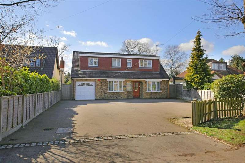 4 Bedrooms Detached House for sale in Mount Pleasant Lane, Bricket Wood, St. Albans