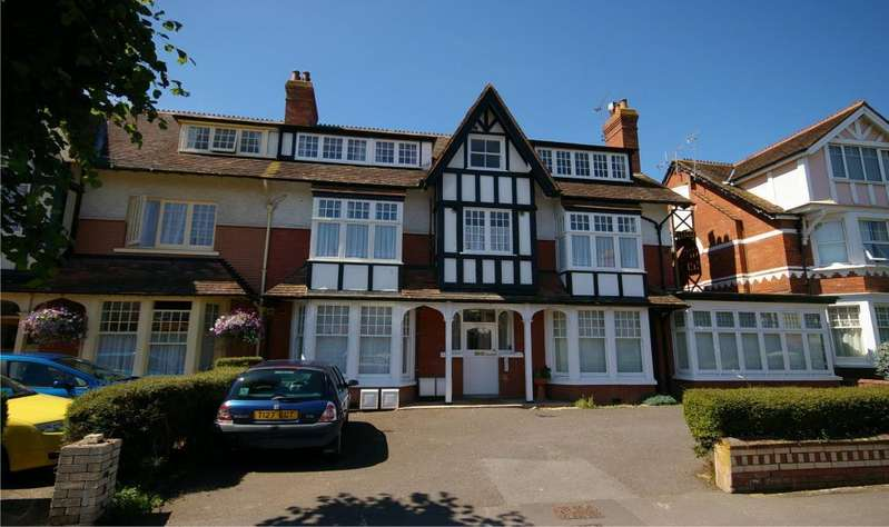 1 Bedroom Flat for sale in Tregonwell Road, Minehead