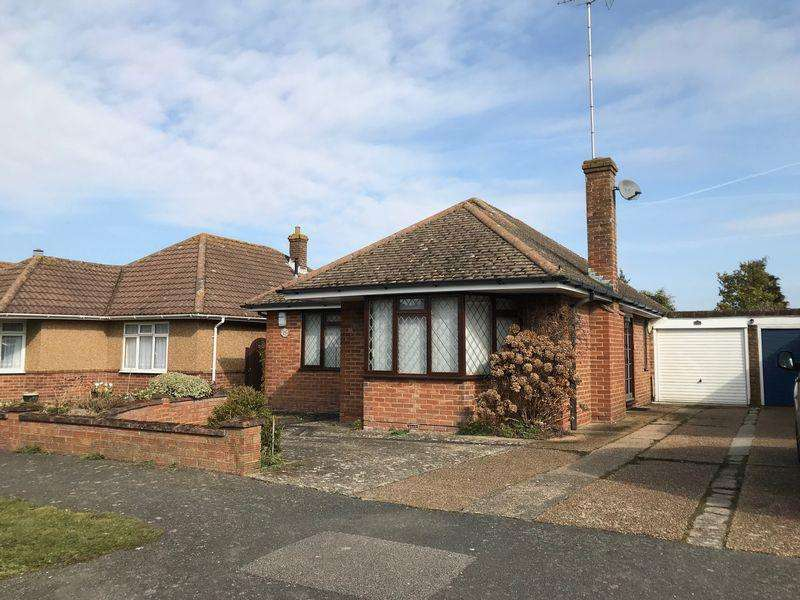 2 Bedrooms Detached Bungalow for sale in Newlands Close, Keymer, West Sussex,