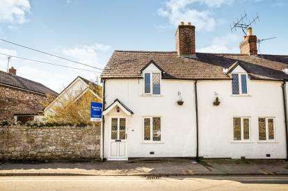 3 Bedrooms Semi Detached House for sale in Llanrhydd Street, Ruthin, Denbighshire, North Wales, LL15
