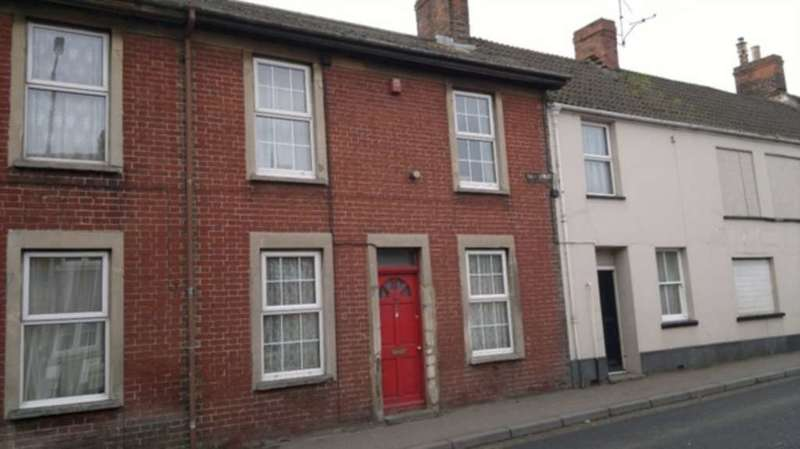 3 Bedrooms House for sale in East Street, Chard