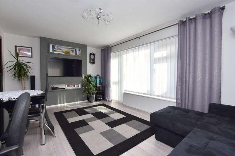 2 Bedrooms Apartment Flat for sale in Warren Court, Sompting Road, Lancing, BN15