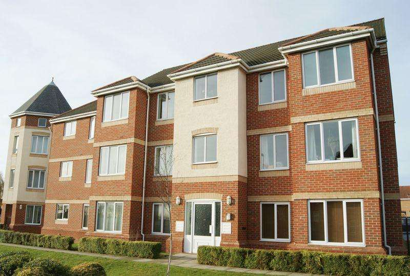 2 Bedrooms Apartment Flat for sale in Shepherd House, Arnold Road, Bestwood