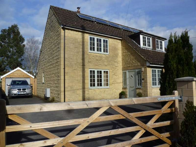 4 Bedrooms Detached House for sale in Leigh Road, Holt