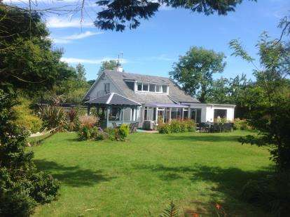 5 Bedrooms Detached House for sale in Llangwnadl, Pwllheli, Gwynedd, LL53