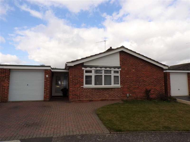 3 Bedrooms Bungalow for sale in Holyrood Close, Ipswich
