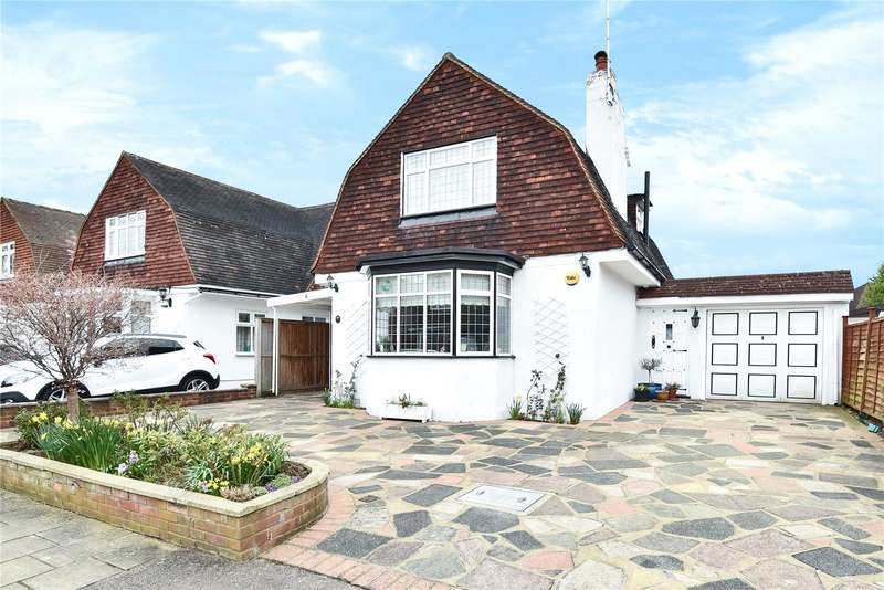 3 Bedrooms Detached House for sale in The Retreat, Harrow, Middlesex, HA2