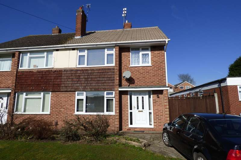 3 Bedrooms Semi Detached House for sale in Northumberland Avenue, Stockingford, Nuneaton, CV10