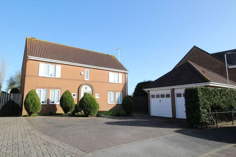 4 Bedrooms Detached House for sale in Toddington Park, Wick, Littlehampton, BN17