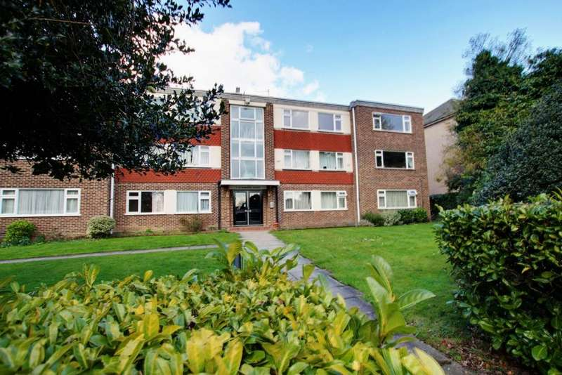 1 Bedroom Flat for sale in Southlands Grove, Bromley, BR1
