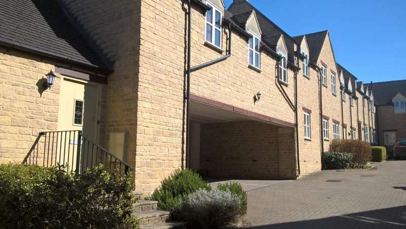 2 Bedrooms Maisonette Flat for sale in Chipping Norton, Oxfordshire, OX7