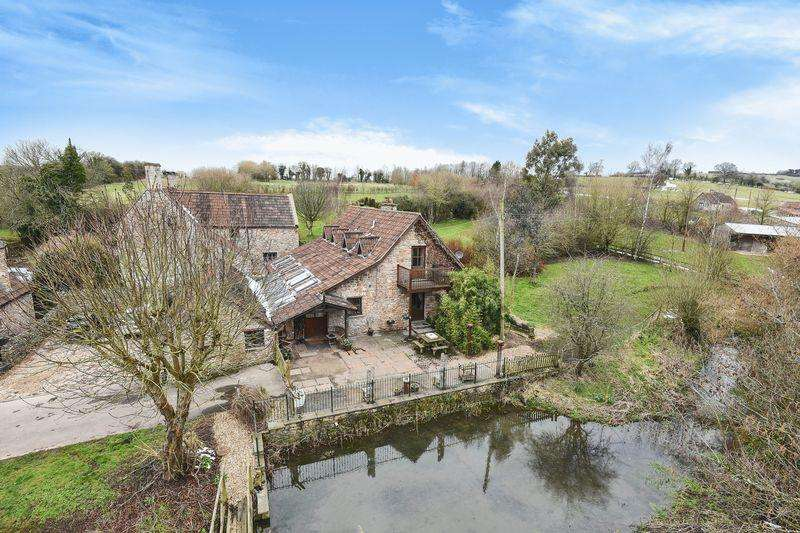 4 Bedrooms Detached House for sale in Littleton Lane, Winford