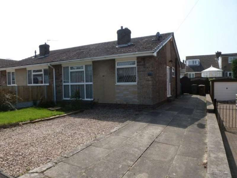 2 Bedrooms Semi Detached House for sale in Springhill Drive, Crofton