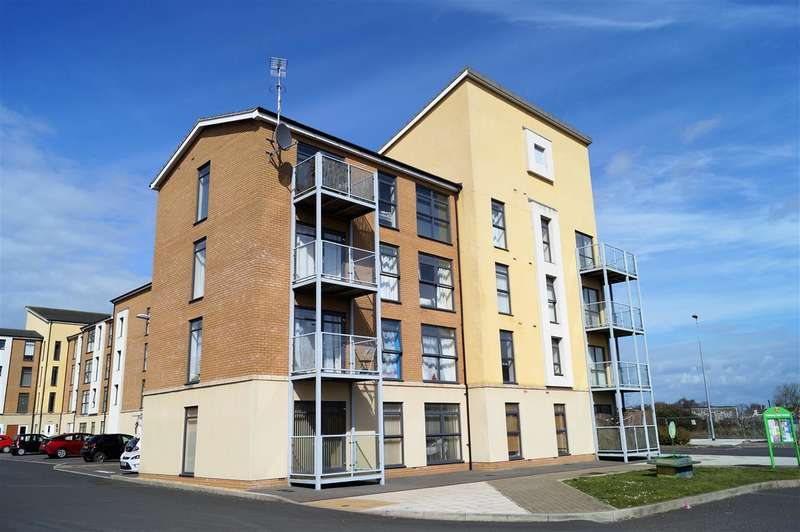 2 Bedrooms Apartment Flat for sale in Charlton Boulevard, Patchway, Bristol