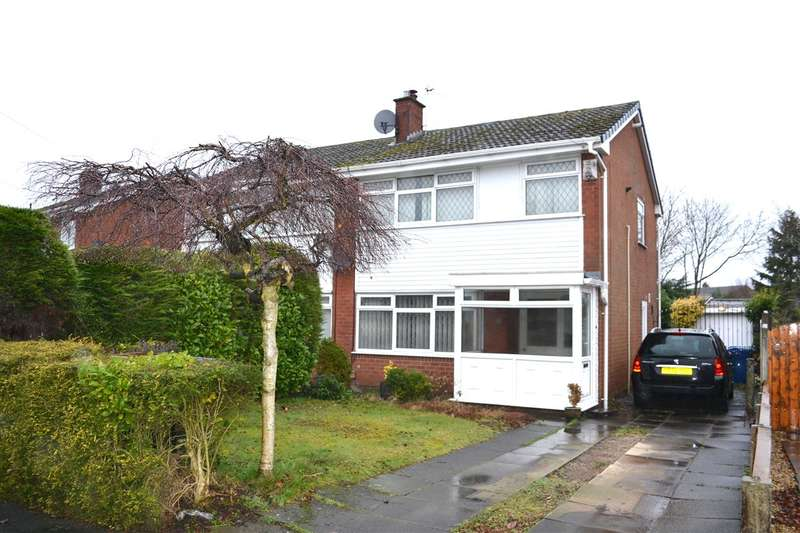 3 Bedrooms Semi Detached House for sale in Arlington Drive, Leigh