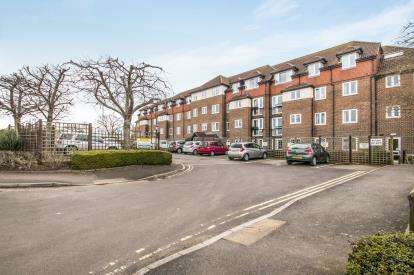 2 Bedrooms Flat for sale in Dellers Wharf, Taunton, Somerset