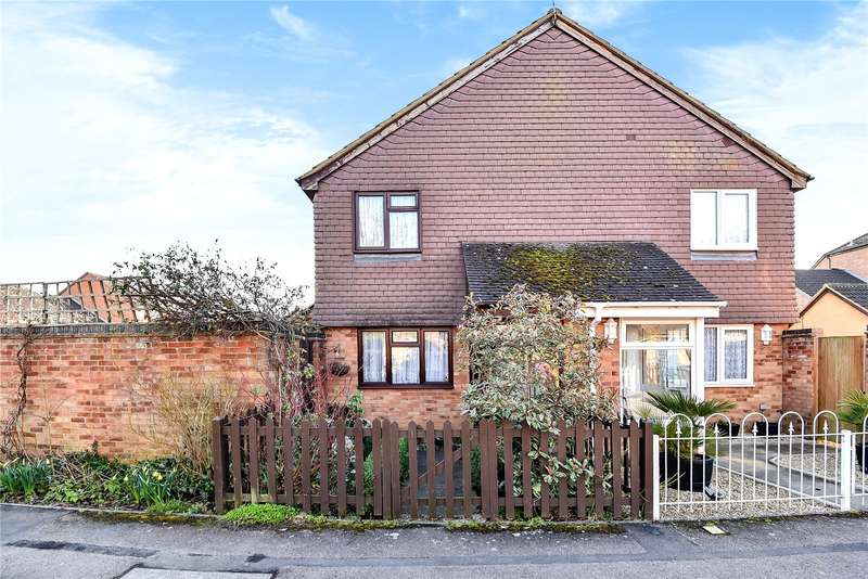 1 Bedroom End Of Terrace House for sale in Campion Close, Denham, Bucks, UB9