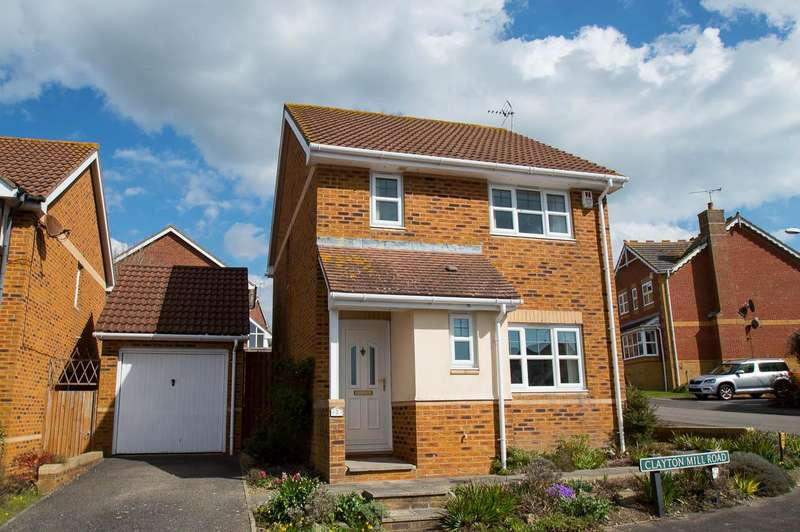 3 Bedrooms Detached House for sale in Clayton Mill Road, STONE CROSS