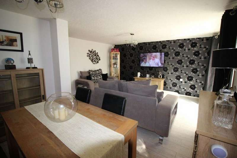 3 Bedrooms House for rent in Striding Edge
