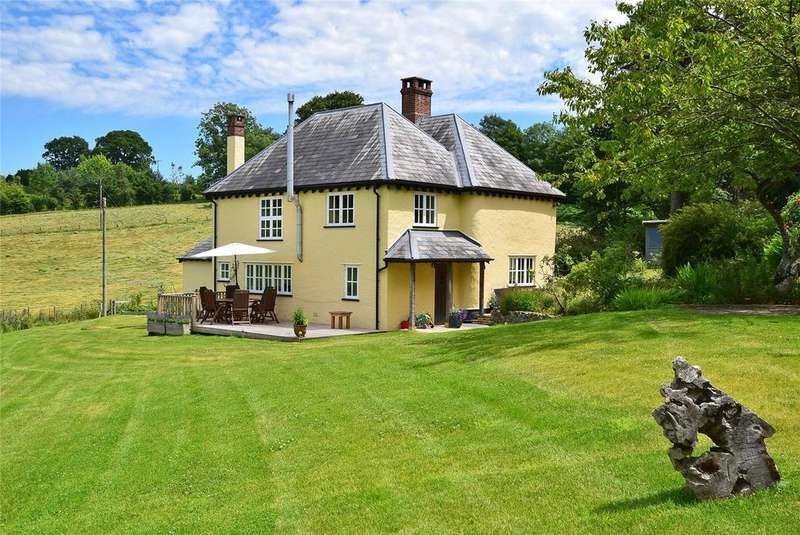 4 Bedrooms Detached House for sale in Shute, Axminster, Devon