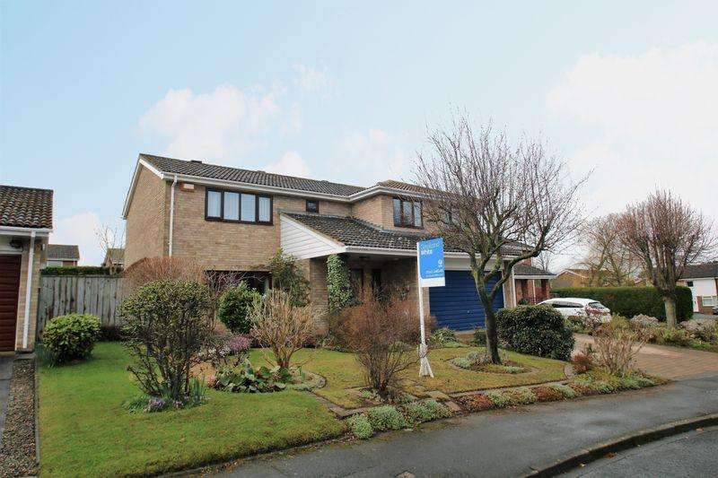 4 Bedrooms Detached House for sale in Foxton Close, Yarm TS15 9RQ