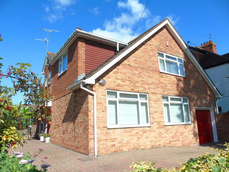 5 Bedrooms Detached House for sale in South Road, Sully