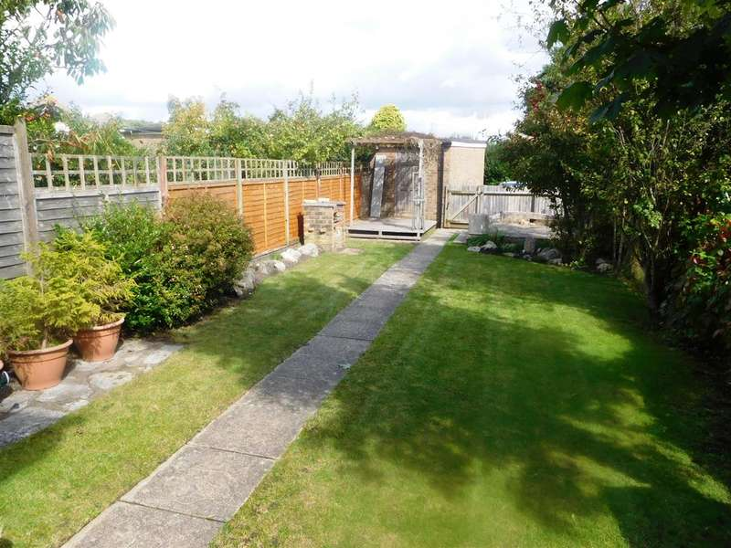 4 Bedrooms Detached House for sale in Carters Avenue, Poole