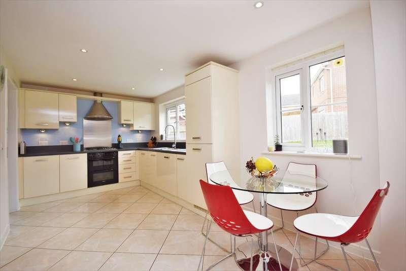 4 Bedrooms Detached House for sale in Highfields, Basingstoke, RG22