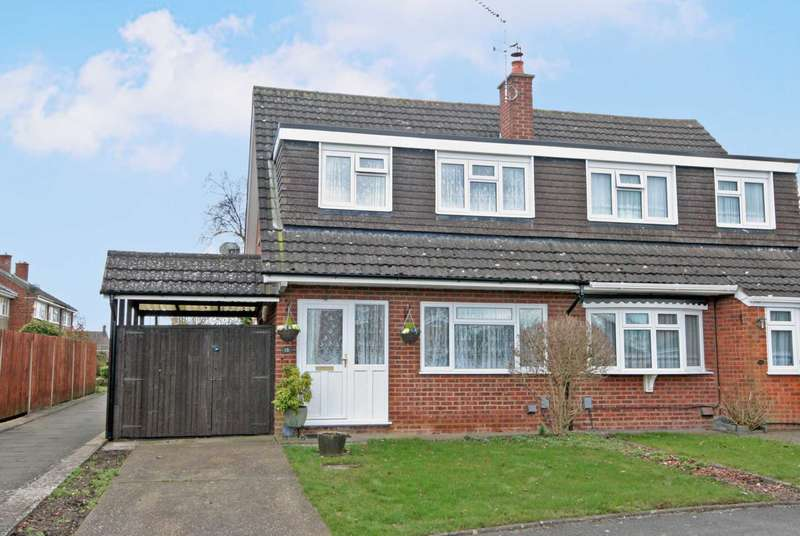 3 Bedrooms Semi Detached House for sale in Dunstable