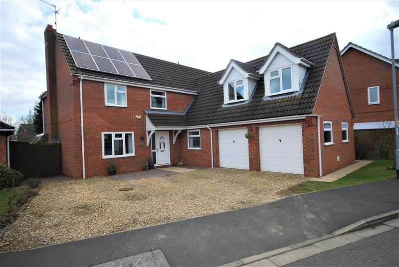 5 Bedrooms Detached House for sale in Vicarage Close, Cowbit, Spalding