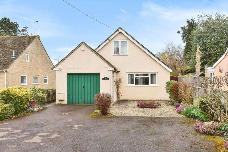4 Bedrooms Detached Bungalow for sale in Arkell Avenue, Carterton, Oxon