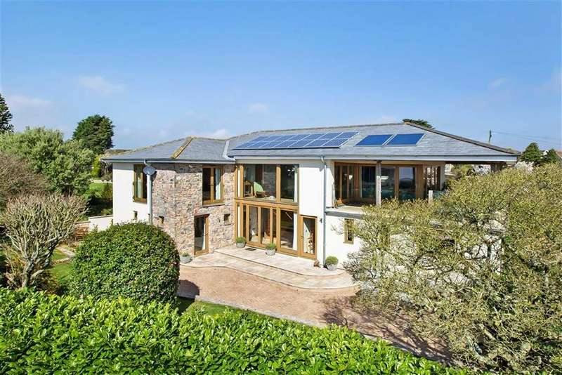 5 Bedrooms Detached House for sale in Hyne Town Road, Strete, Devon, TQ6