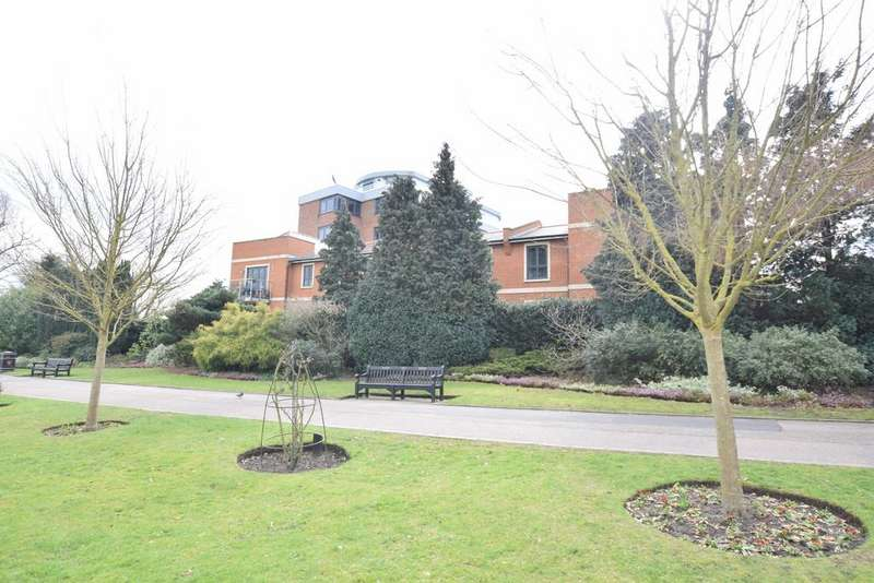 2 Bedrooms Flat for sale in Castle Road, Colchester, CO1 1TL