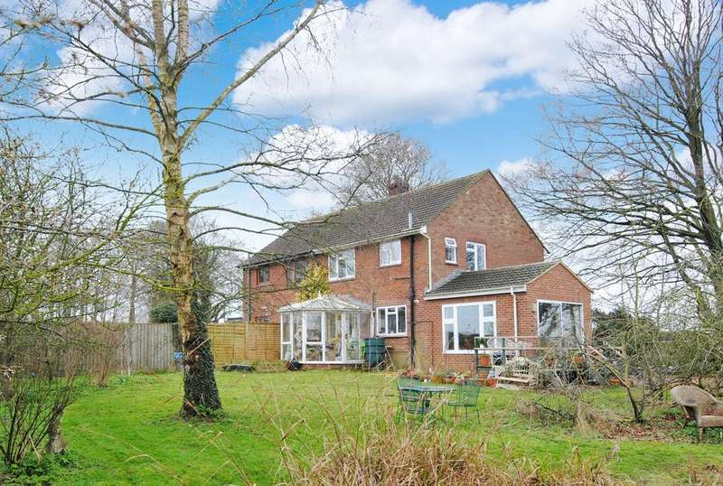 3 Bedrooms Semi Detached House for sale in Shrewton Lodge Cottages, Shrewton, Salisbury, SP3 4DW
