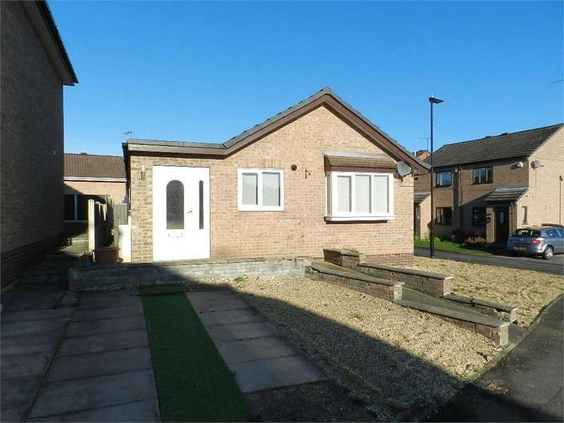 2 Bedrooms Detached Bungalow for sale in Berry Holme Drive, Chapeltown, Sheffield, South Yorkshire