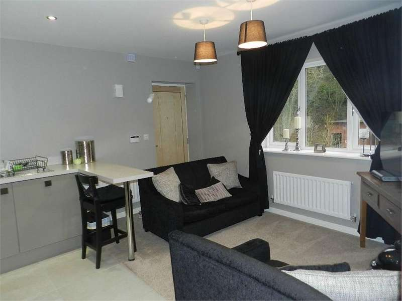 1 Bedroom Flat for rent in 12 Brooke Close, Fox Valley, SHEFFIELD, South Yorkshire