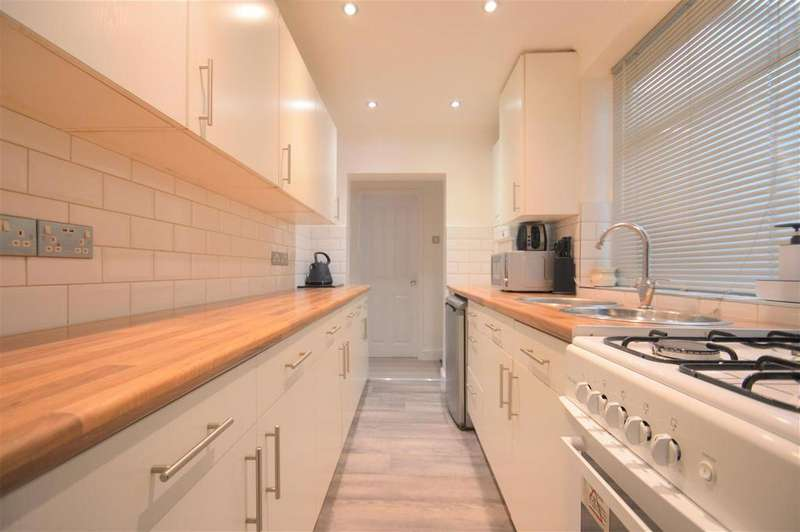 2 Bedrooms Terraced House for sale in Milton Road, Swanscombe