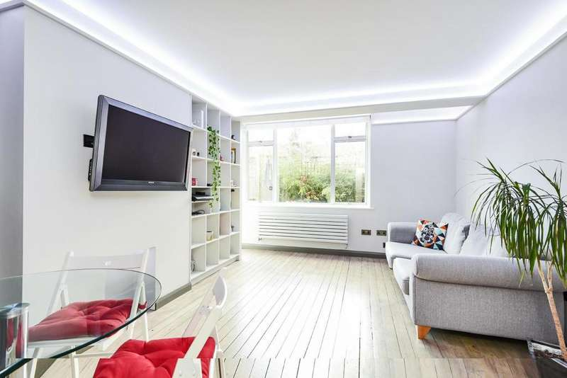 3 Bedrooms Flat for sale in Alwyne Square, Islington