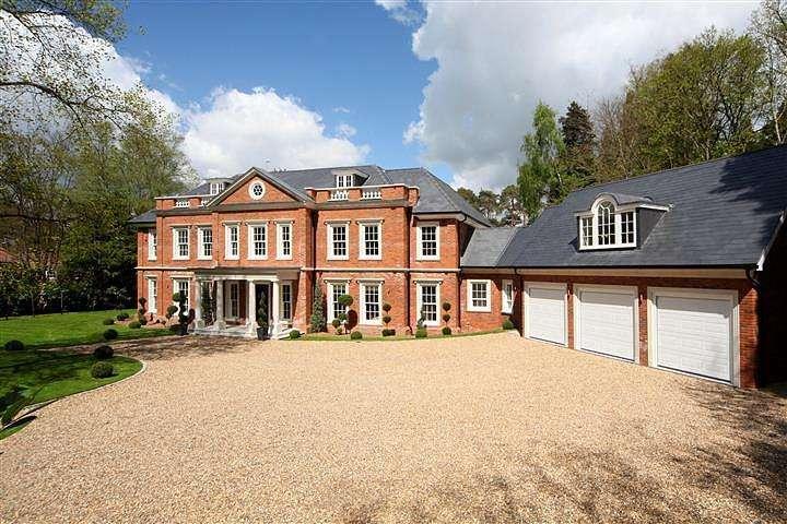5 Bedrooms House for rent in Regents Walk, Ascot, Berkshire, SL5