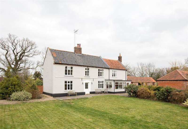 5 Bedrooms Detached House for sale in Manor Road, North Walsham, Norfolk, NR28