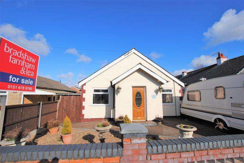 3 Bedrooms Detached Bungalow for sale in Cartmel Drive, Moreton