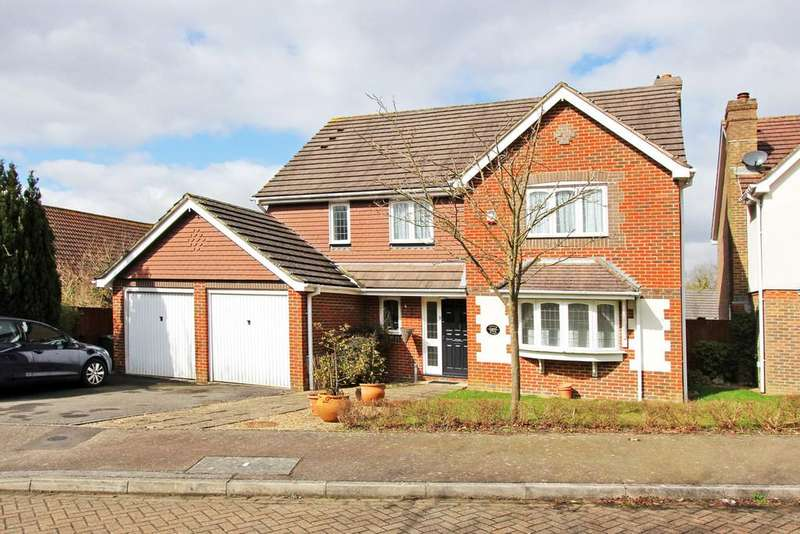 5 Bedrooms Detached House for sale in Pellings Rise, Crowborough