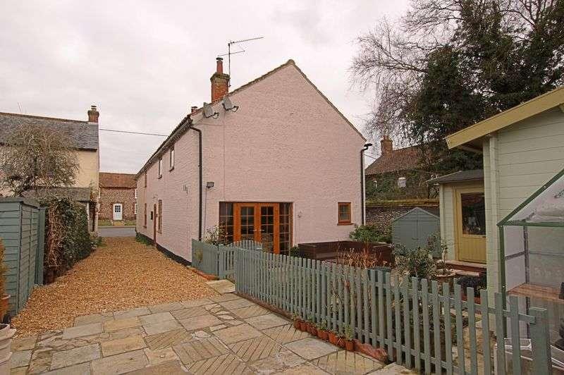3 Bedrooms Property for sale in Weasenham Road, Great Massingham