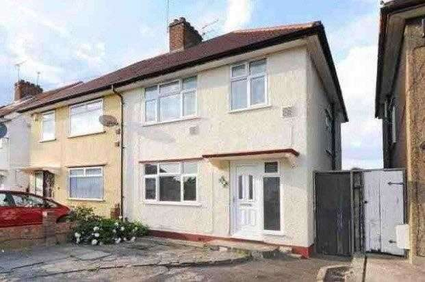 3 Bedrooms Semi Detached House for rent in St Leonards Gardens, Hounslow, Heston, Hounslow, Heston