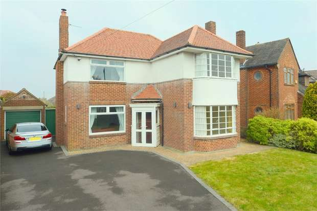 3 Bedrooms Detached House for sale in Littledown Avenue, Littledown, Bournemouth