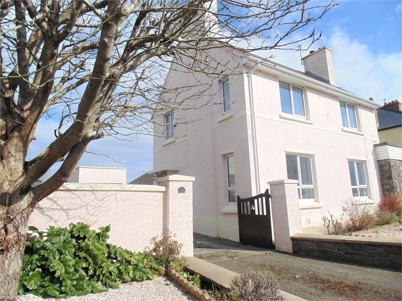 3 Bedrooms Semi Detached House for sale in High Street, St Davids, Haverfordwest, Pembrokeshire